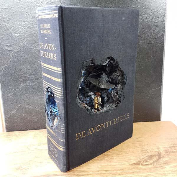 booksculpt deepsea miniature