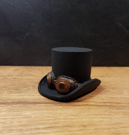 steampunk top hat plinth