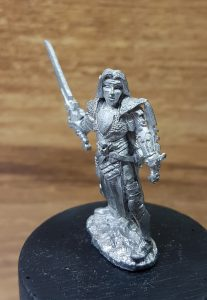 02558 Anduriel Elf Warrior 1