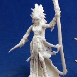 Reaper Miniatures 77121_Liela, Dark Elf Wizard_1