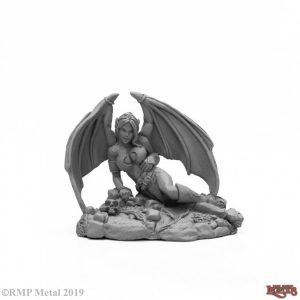 Reaper Miniatures Reclining Sophie 03984
