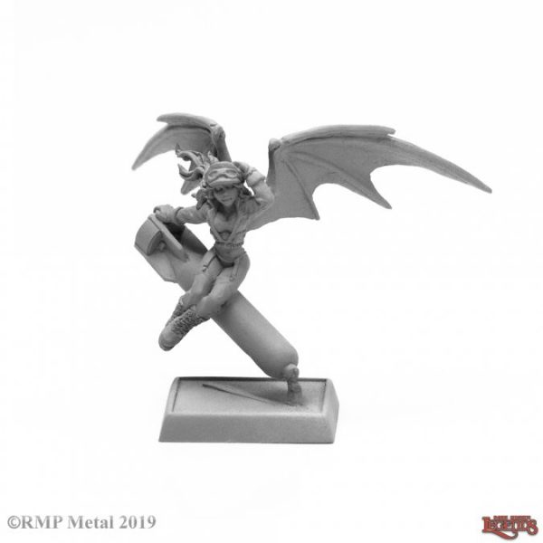Reaper Miniatures Bomber Sophie 03988