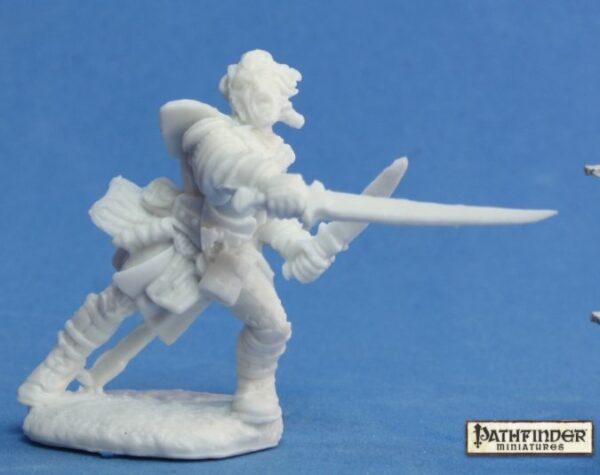 Reaper Miniatures Pathfinder Valeros, Iconic Fighter 89007