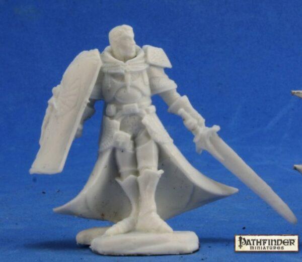 Reaper Miniatures Pathfinder Holy Vindicator 89024
