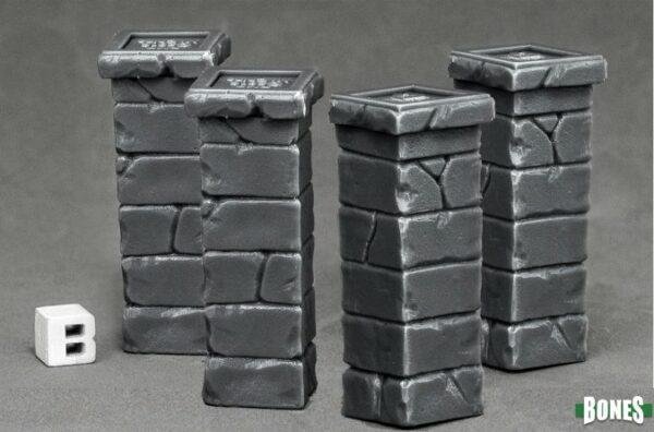 reaper Miniatures Graveyard Fence Posts (4) 77531