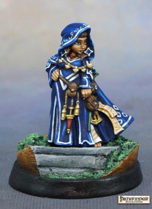 Reaper Miniaturen Enora, Iconic Arcanist 89044