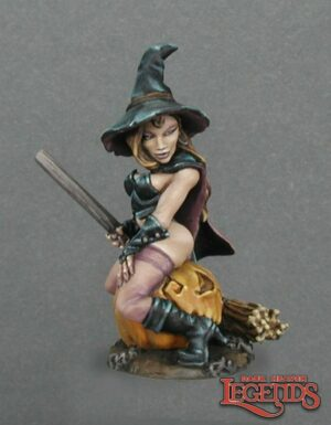 Reaper Miniatures Elise, The Witch 02869