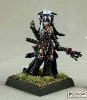 Reaper Miniatures Feiya, Iconic Witch 89008