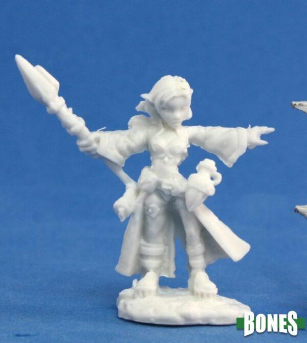 Reaper Miniatures Cassie, Gnome Wizard 77031