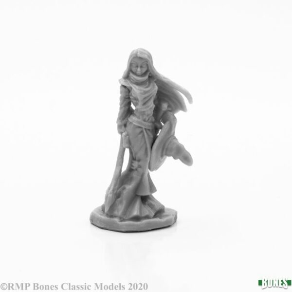 Reaper Miniatures Willow Greenivy, Witch 77659