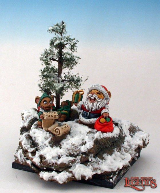 Reaper Miniatures Santa Mousling and Helper 03543 (metal)