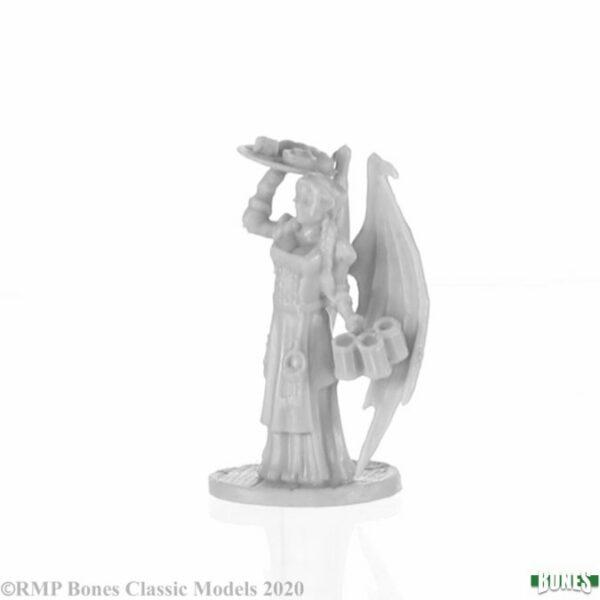 Reaper Miniatures Innkeeper Sophie 77750