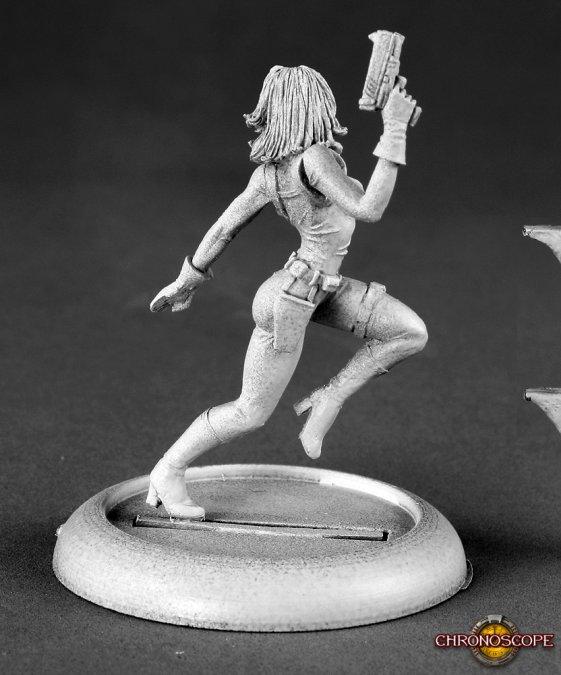 Reaper Miniatures Natalia, Female Secret Agent 50149