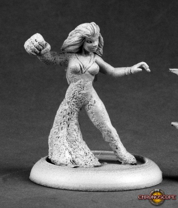Reaper Miniatures Sandwoman 50177